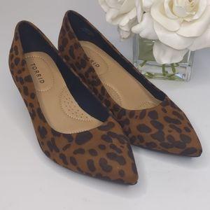 NWT Torrid Leopard Pointed Toe Kitten Heel